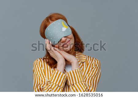 Dość kobieta oczy ręce wraz Zdjęcia stock © vkstudio