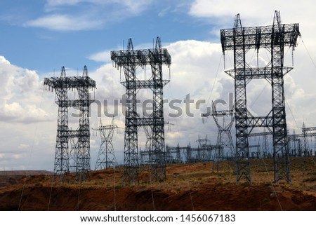 Canyon See elektrische Macht Türme Zeilen Stock foto © billperry