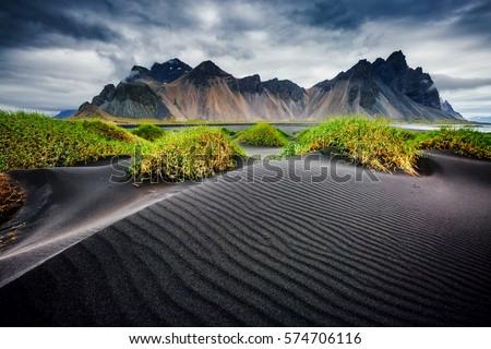 Vento praia preto areia localização Foto stock © Leonidtit