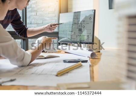 kadın · mimar · çalışmak · tablo · genç · sarışın - stok fotoğraf © snowing