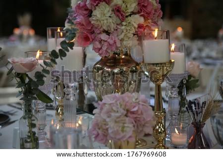 Foto d'archivio: Lusso · elegante · ricevimento · di · nozze · tavola · floreale