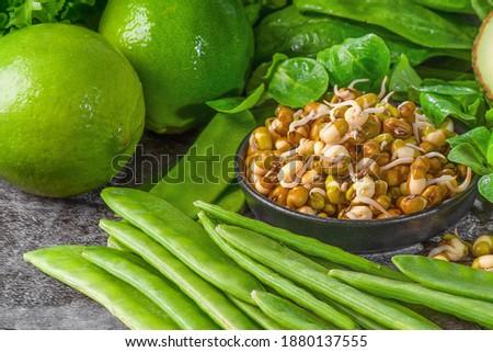Yeşil sağlıklı gıda avokado brokoli elma iki yüzlü Stok fotoğraf © dash