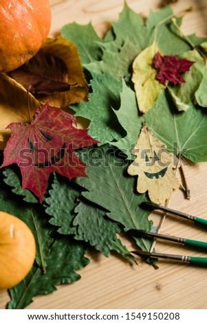 Secar otono follaje caras hojas Foto stock © pressmaster