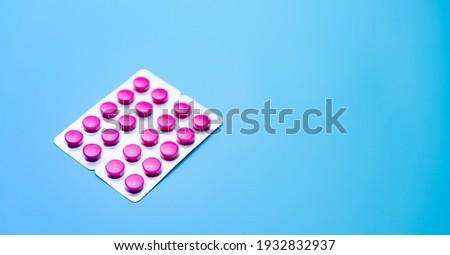 Gyógyít hólyag csomag szürke nyitva izolált Stock fotó © tashatuvango