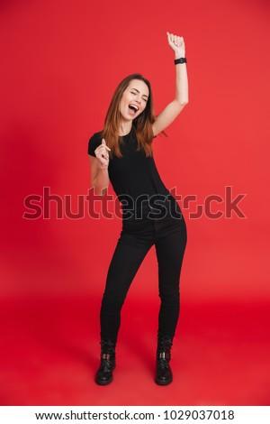 Foto adorável mulher 20s Foto stock © deandrobot