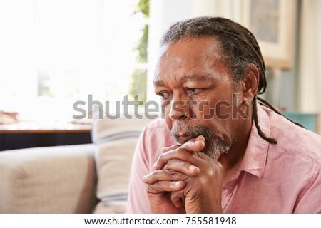 Elöl kilátás idős afroamerikai férfi szenvedés Stock fotó © wavebreak_media