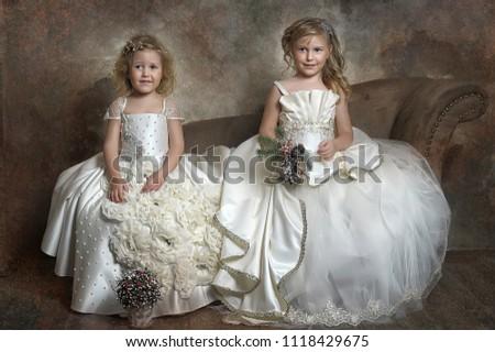 невеста · подвенечное · платье · белый · комнату · свадьба · Sexy - Сток-фото © gromovataya