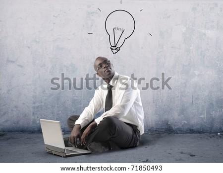 Homem usando laptop cabeça feliz estudante Foto stock © dacasdo