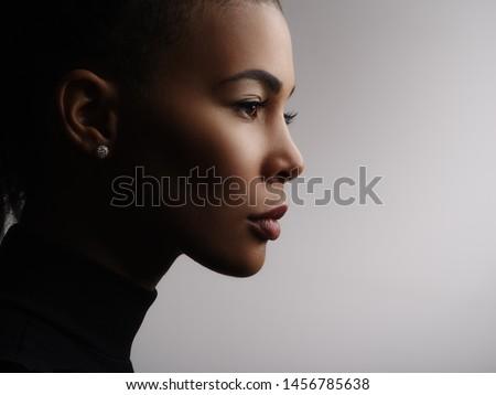 portre · siyah · kadın · büyük · güzel - stok fotoğraf © tobkatrina