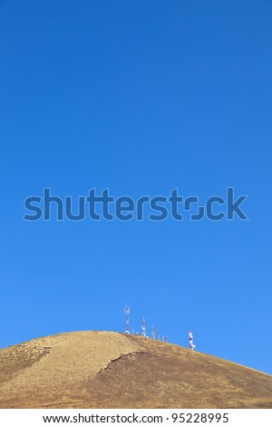 Rádio telecomunicações torre topo velho vulcão Foto stock © meinzahn