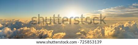 Stok fotoğraf: Gün · batımı · bulutlar · mavi · dağlar · fırtına · bulutları · vadi