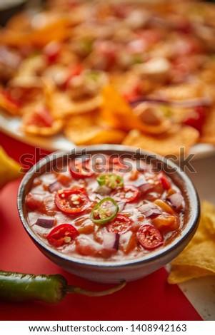 nachos · tomate · salsa · foto · tiro · rojo - foto stock © dash