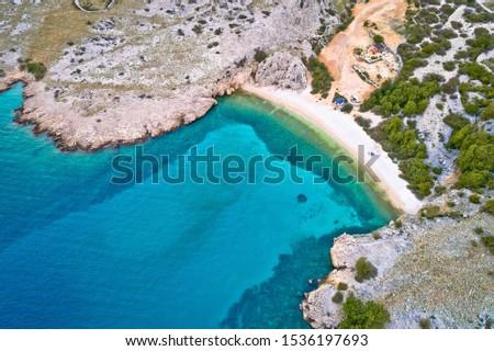 Isola idilliaco ciottolo spiaggia panorama Foto d'archivio © xbrchx