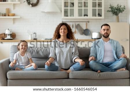 気楽な 女性 娘 座る ストックフォト © vkstudio