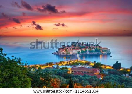 красивой · острове · роскошь · курорта · Черногория · морем - Сток-фото © sarymsakov