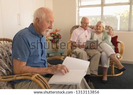 lezing · hand · man · brief · vinger · mannelijke - stockfoto © wavebreak_media