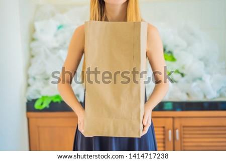男 · 紙袋 · プラスチック · 袋 - ストックフォト © galitskaya