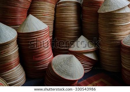Hagyományos sapkák nő népszerű piac bambusz Stock fotó © galitskaya