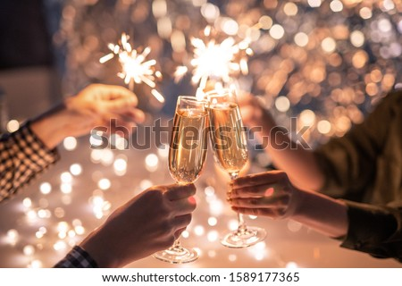 рук пару флейты шампанского друзей Сток-фото © pressmaster