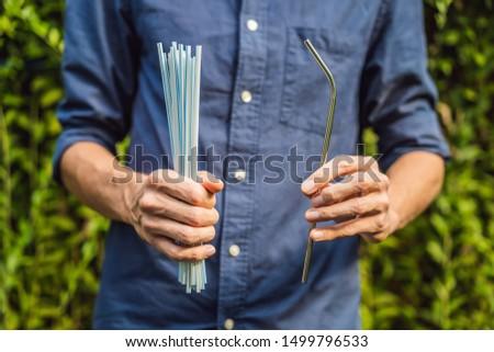 çelik içme vs tek kullanımlık eller sıfır Stok fotoğraf © galitskaya