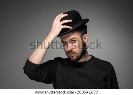 jonge · man · hoed · aanzien · bewondering · iemand · snor - stockfoto © master1305