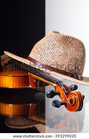 öreg · hegedű · közelkép · ül · pad · fa - stock fotó © capturelight
