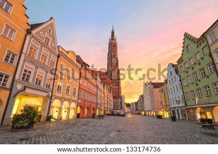 Tradicional vista de la calle edad edificios Munich cielo Foto stock © ilolab