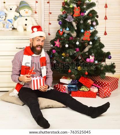 Sneeuwpop Open geschenkdoos verrassing christmas nieuwjaar Stockfoto © popaukropa