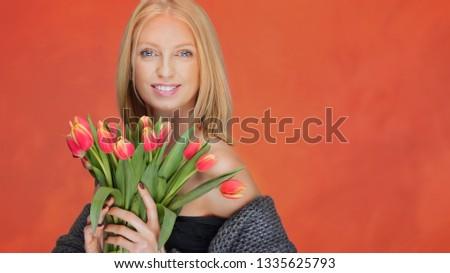 femminile · fiorista · bella · bouquet · fresche · naturale - foto d'archivio © artjazz
