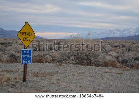 Verkeersbord dood vallei waarschuwing voorzichtigheid extreme Stockfoto © meinzahn