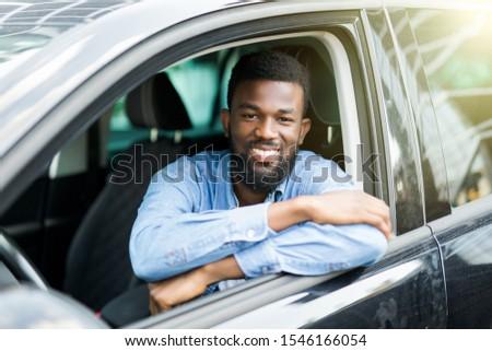 Portret bestuurder vergadering auto rijden Stockfoto © deandrobot