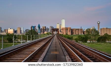 Даллас · Техас · центра · ночь · закат · движения - Сток-фото © cboswell