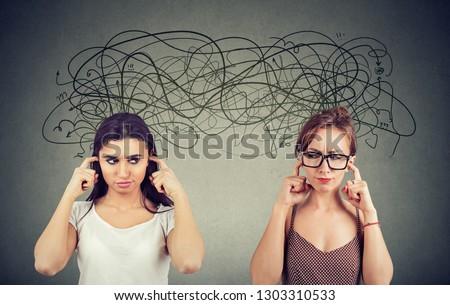 Kettő mérges elégedetlen egyéb nők nem figyel Stock fotó © ichiosea