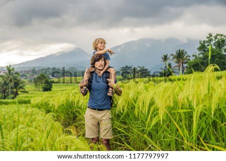 Baba oğul pirinç bali Endonezya Stok fotoğraf © galitskaya