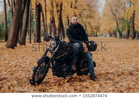 Barbudo próprio motocicleta capacete motocicleta Foto stock © vkstudio