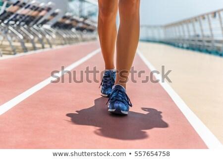 Gezonde fitness actief vrouw lopen cruise Stockfoto © Maridav