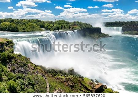 Niagara Falls hoefijzer kant rivier voorgrond Stockfoto © searagen