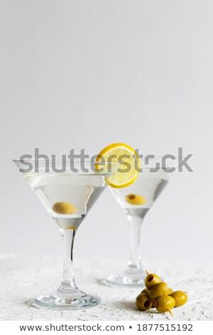 kettő · martini · koktélok · olajbogyó · citrom · izolált - stock fotó © karandaev