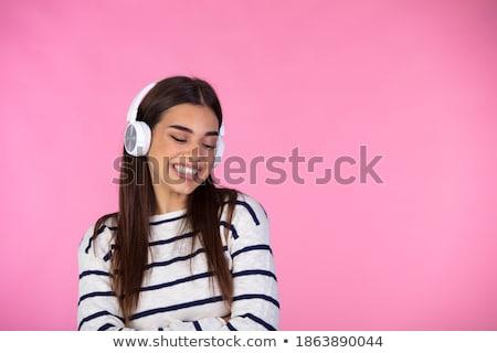 Jóvenes mujer cantando blanco mano micrófono Foto stock © wavebreak_media