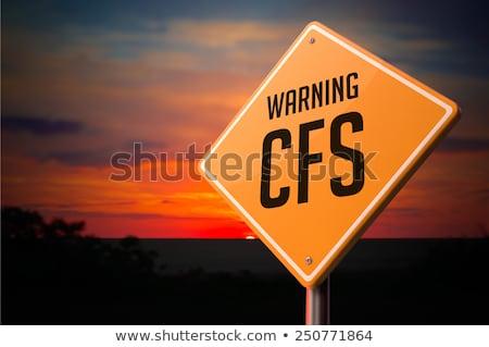 garganta · inflamada · aviso · placa · sinalizadora · pôr · do · sol · céu · fundo - foto stock © tashatuvango