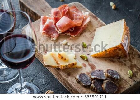 witte · rode · wijn · kaas · brood · houten · tafel · voedsel - stockfoto © m-studio