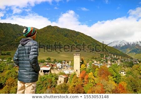 Természetjáró hegyek élvezi kilátás Grúzia turista Stock fotó © Kotenko