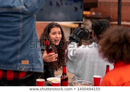 Birra parlando uno amici match Foto d'archivio © pressmaster