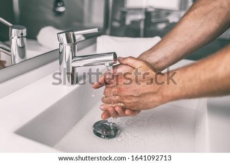 Waschen Hände Mann Seife läuft Wasser Stock foto © Maridav
