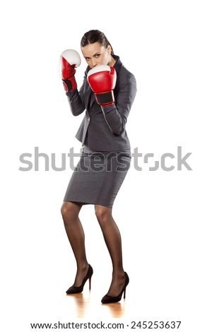 portret · ernstig · zakenvrouw · bokshandschoenen · witte · business - stockfoto © wavebreak_media