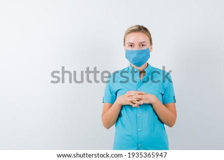 Portret zamyślony kobiet lekarza pielęgniarki Zdjęcia stock © deandrobot