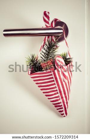 Küçük Noel çanta şube şeker Stok fotoğraf © brebca