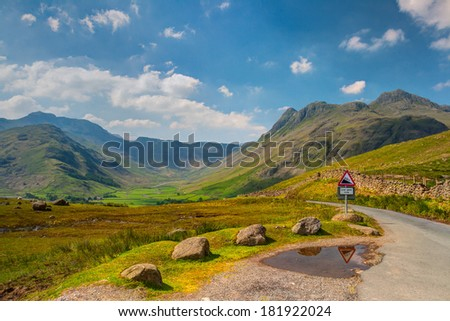 Stromy drogowego dolinie Anglii hdr Zdjęcia stock © CaptureLight