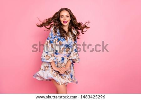 Modelo brilhante volume cabelos cacheados flores inverno Foto stock © vlad_star
