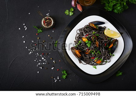 Mariscos negro espaguetis frescos calamar tinta Foto stock © keko64
